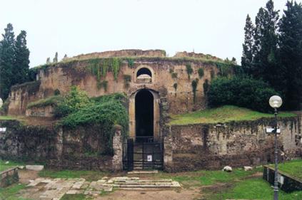 raceandhistory com - The Mausoleum of Augustus